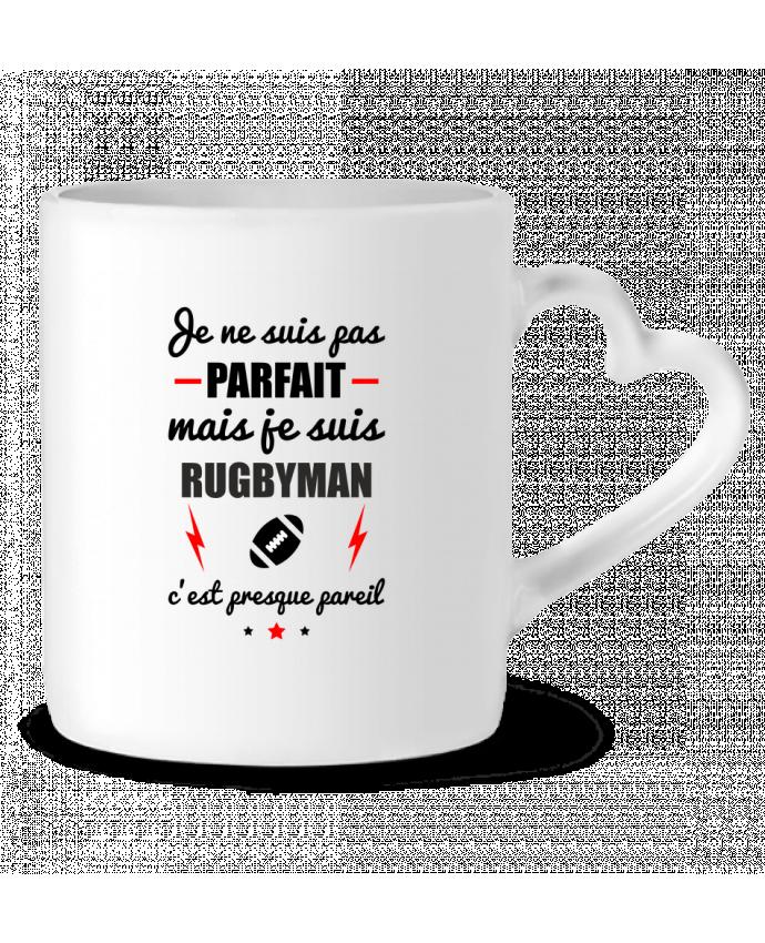 Mug Heart Je ne suis pas byfait mais je suis rugbyman c'est presque byeil by Benichan