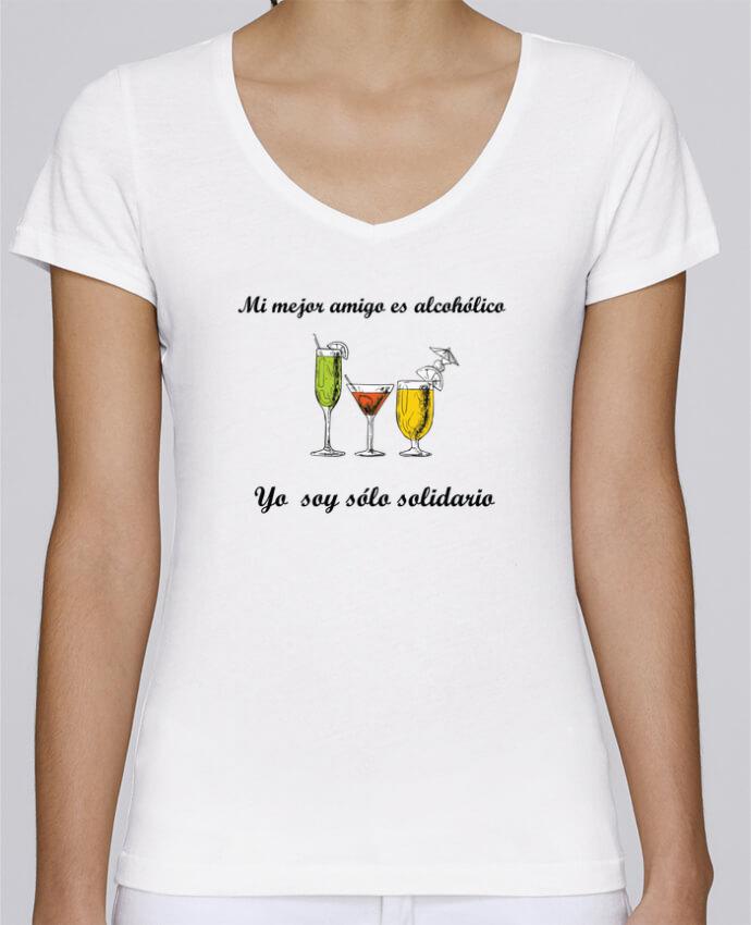 T-Shirt V-Neck Women Stella Chooses Mi mejor amigo es alcohólico, yo soy sólo solidario by tunetoo